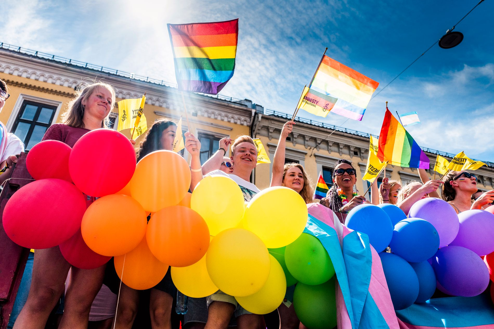 RETTIGHETER: – Vi har fortsatt en jobb å gjøre, også i alle de ukene det ikke er Pride , skriver Anniken Sørlie og Mathilde Mehren.