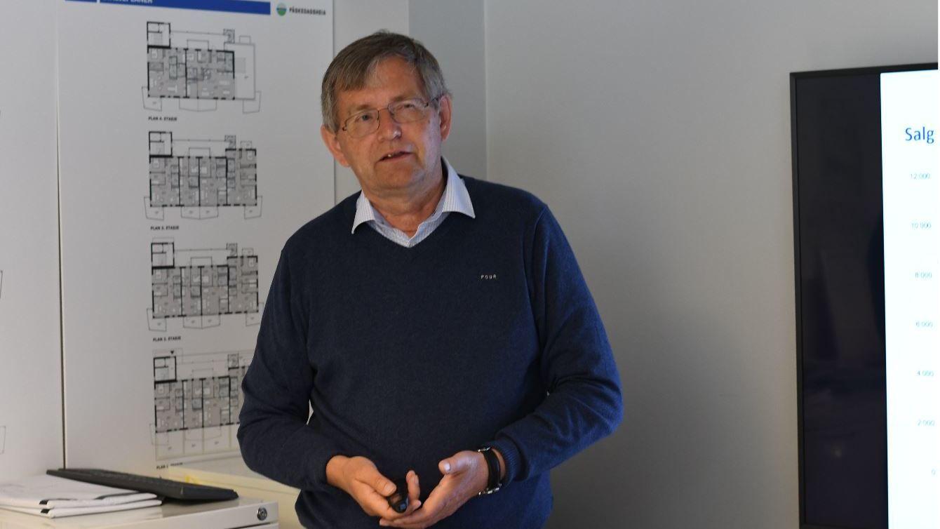 NYBOLIGSTOPP: Direktør Per Jæger i Boligprodusentene presenterte nyboligtallene fra Arendalsuka tirsdag.