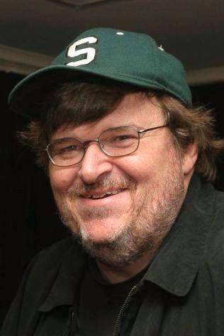 OGSÅ KRITISK: Dokumenterregissør Michael Moore har heller ikke mye til overs for Akademiet etter at ingen fargede ble nominert til Oscar.
