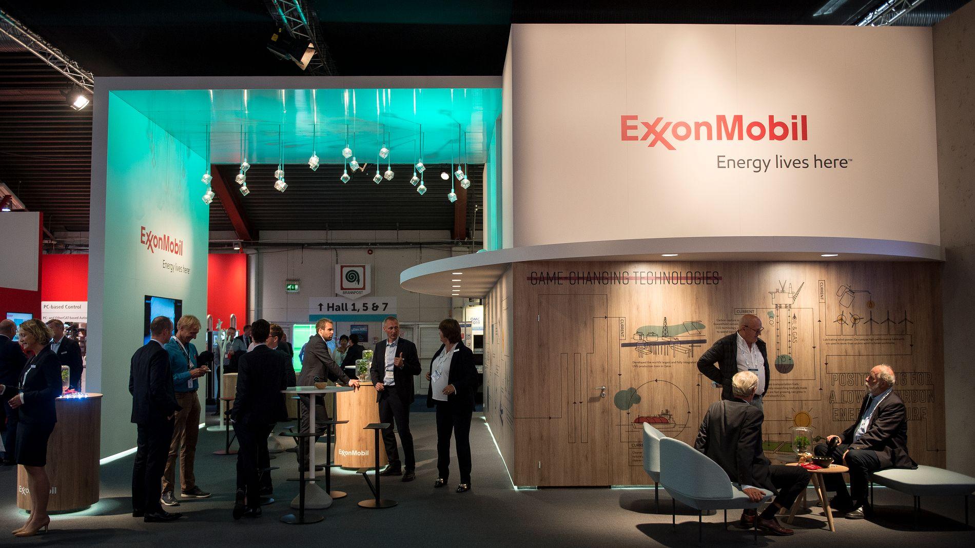 UT AV NORGE: ExxonMobil hadde stand på oljemessen ONS i Stavanger.