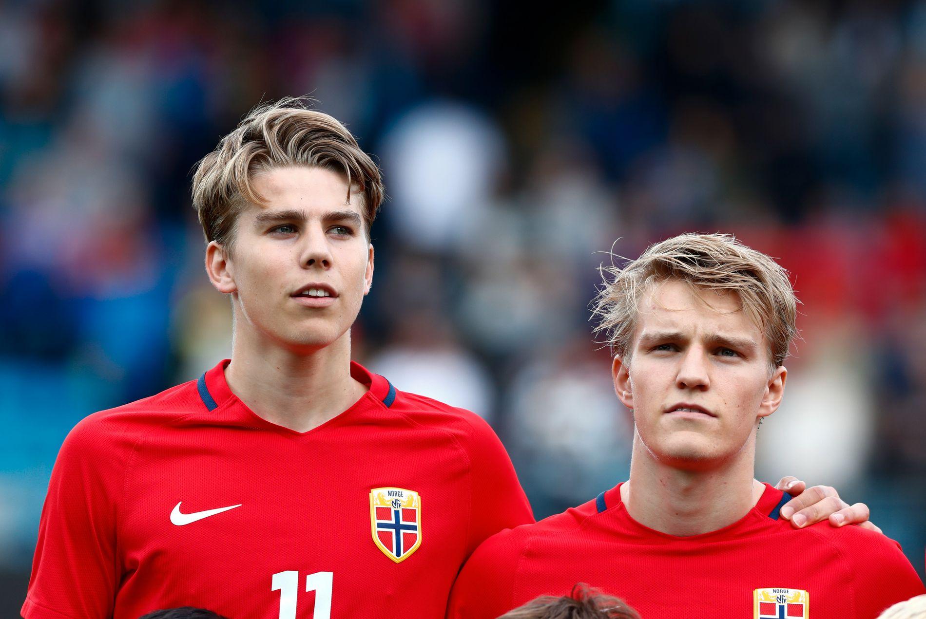 PÅ U21: Martin Samuelsen, her med Martin Ødegaard før U21-kamp mot Kosovo, har ikke blitt tatt ut på A-landslaget under Lars Lagerbäck.