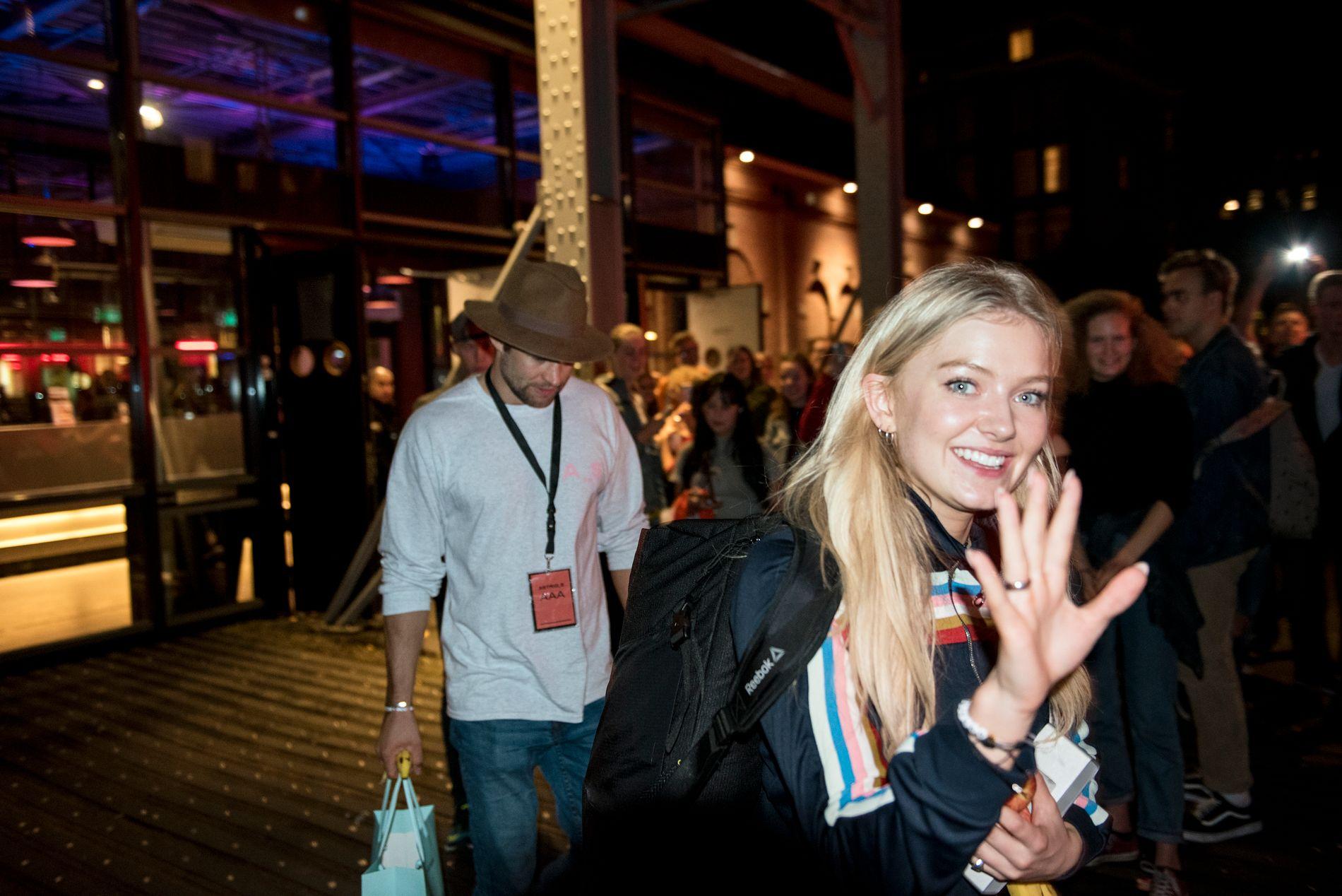 MED PÅ TURNÉ: Astrid Smeplass hadde med seg Per Christian Wessel da hun spilte i Amsterdam for et år siden.