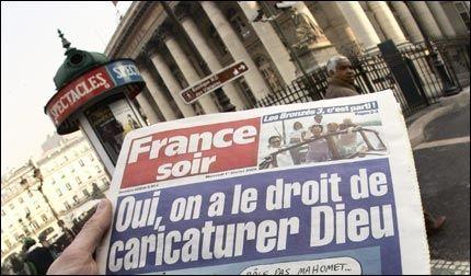 FIKK SPARKEN: Redaktøren i den franske avisen France Soir har fått sparken, etter at han i dag trykket de omstridte Muhammed-tegningene. Foto: AFP
