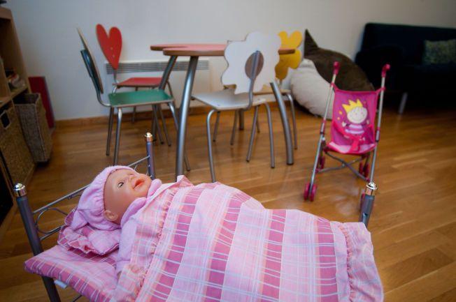 TAR TID: Barna avhøres i barnehusene, men ventetiden før avhørene kommer i gang varierer kraftig fra distrikt til distrikt. UNICEF reagerer sterkt på at ventetiden har økt i første del av 2015.