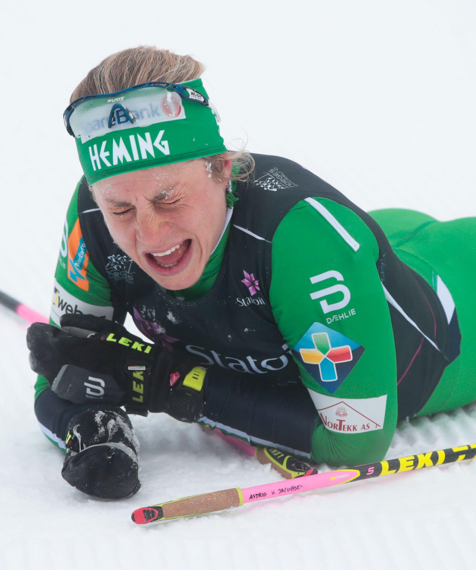 STRESSET: Astrid Uhrenholdt Jacobsen viser stigende form. Her er hun utslitt etter 15 km på NM.