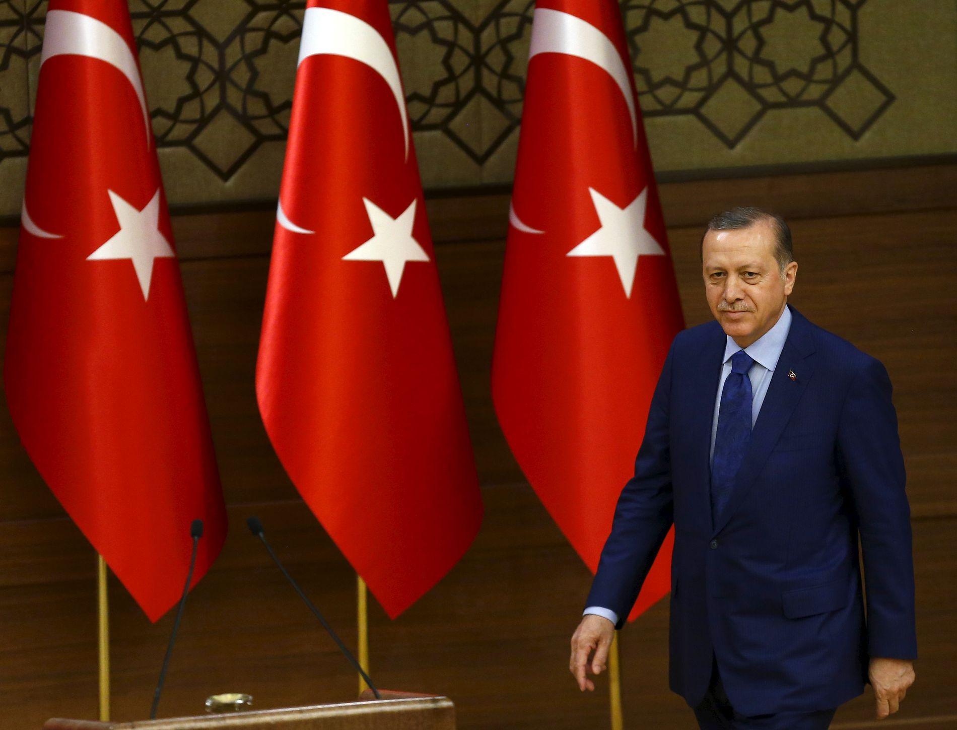 PRESIDENT: Ifølge Recep Tayyip Erdogan ble den ene Brussel-terroristen pågrepet i Tyrkia og deportert til Nederland i fjor sommer.
