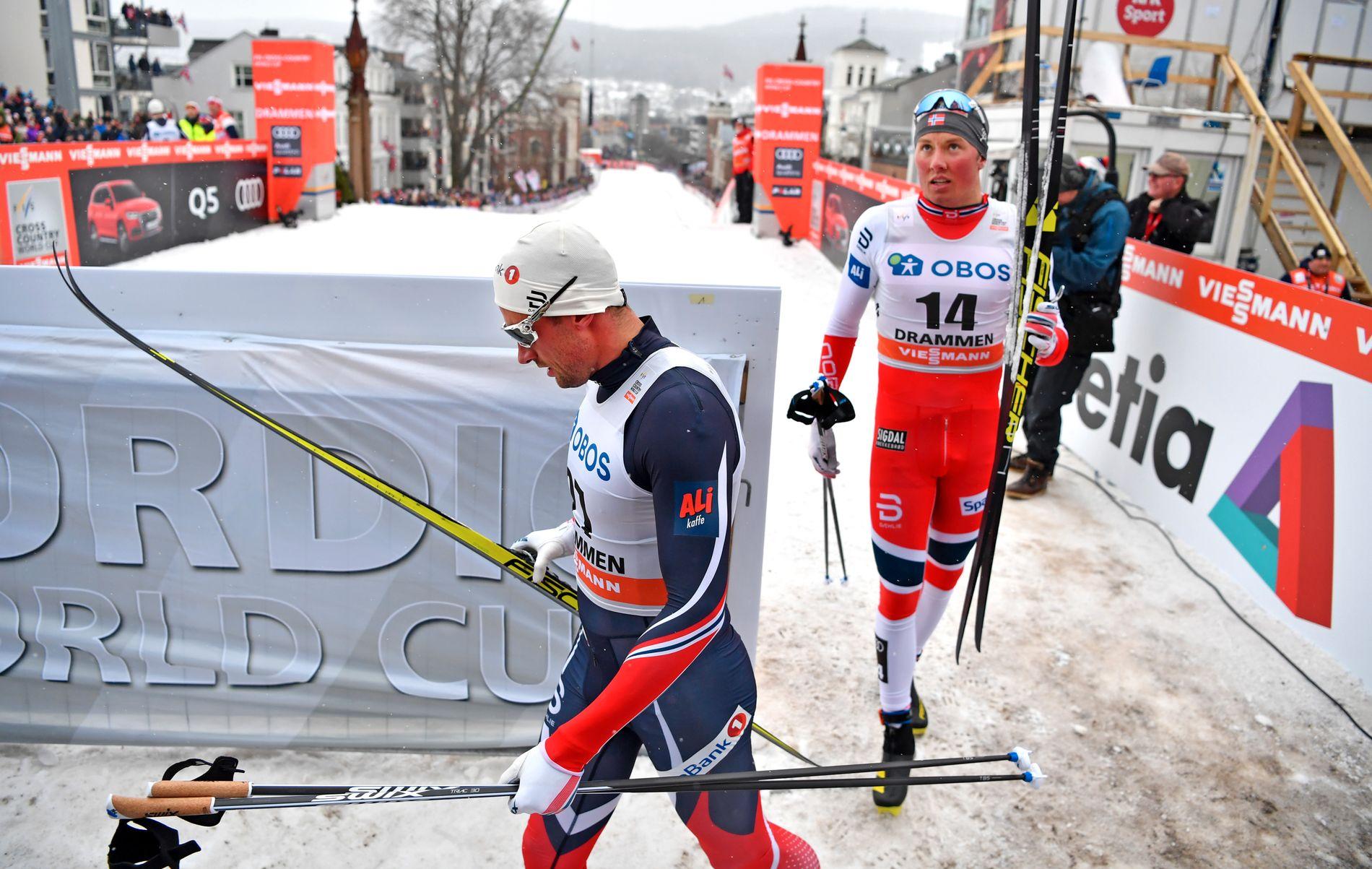 VIDERE OG UTSLÅTT: Petter Northug (venstre) gjør seg klar for finale, mens Emil Iversen konstaterer at det er stopp i semifinalen under sprinten i Drammen i dag.