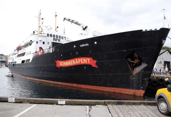 NY TUR: Båten MS «Sjøkurs» blir arena for NRKs sommerkos. Her båten ved kai i Bergen. FOTO: HALLGEIR VÅGENES/VG