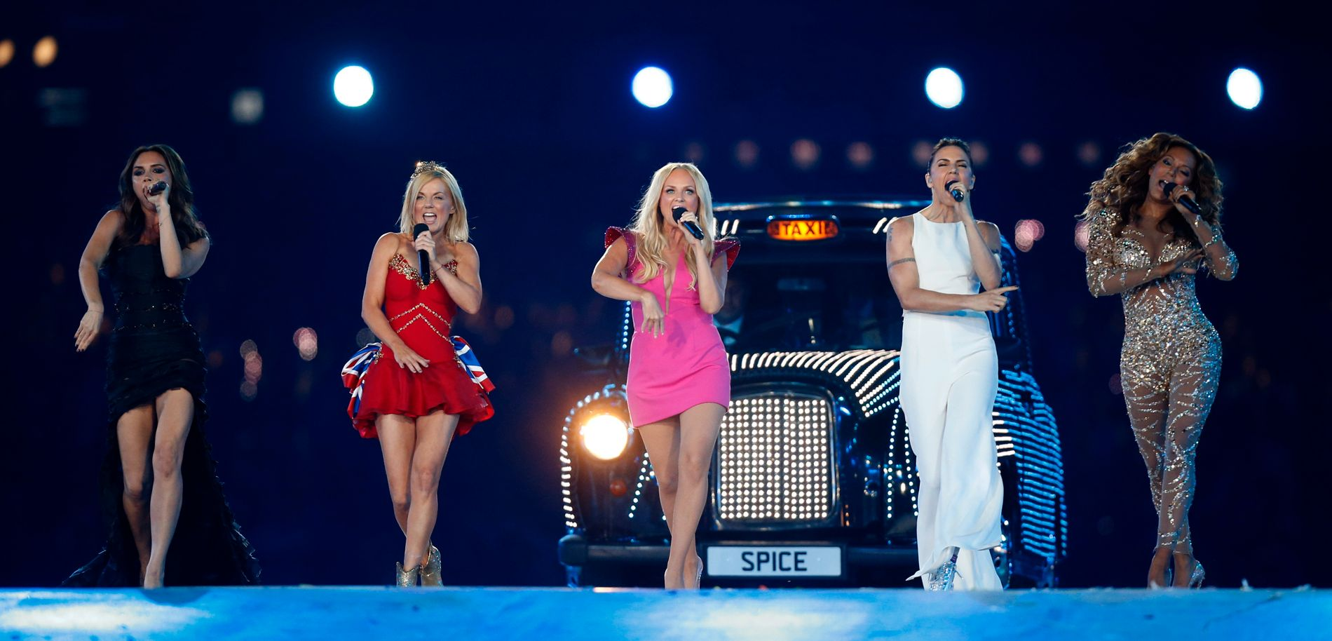 OPPTRER: Mel B forsnakket seg, og fortalte at hele Spice Girls er invitert i det kongelige bryllypet. Men om jentegruppa skal opptre, det vites ikke.