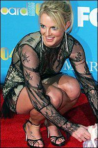 VERST AV DE VERSTE: Britney Spears (24) får refs av moteekspert Mr. Blackwell. Foto: AP