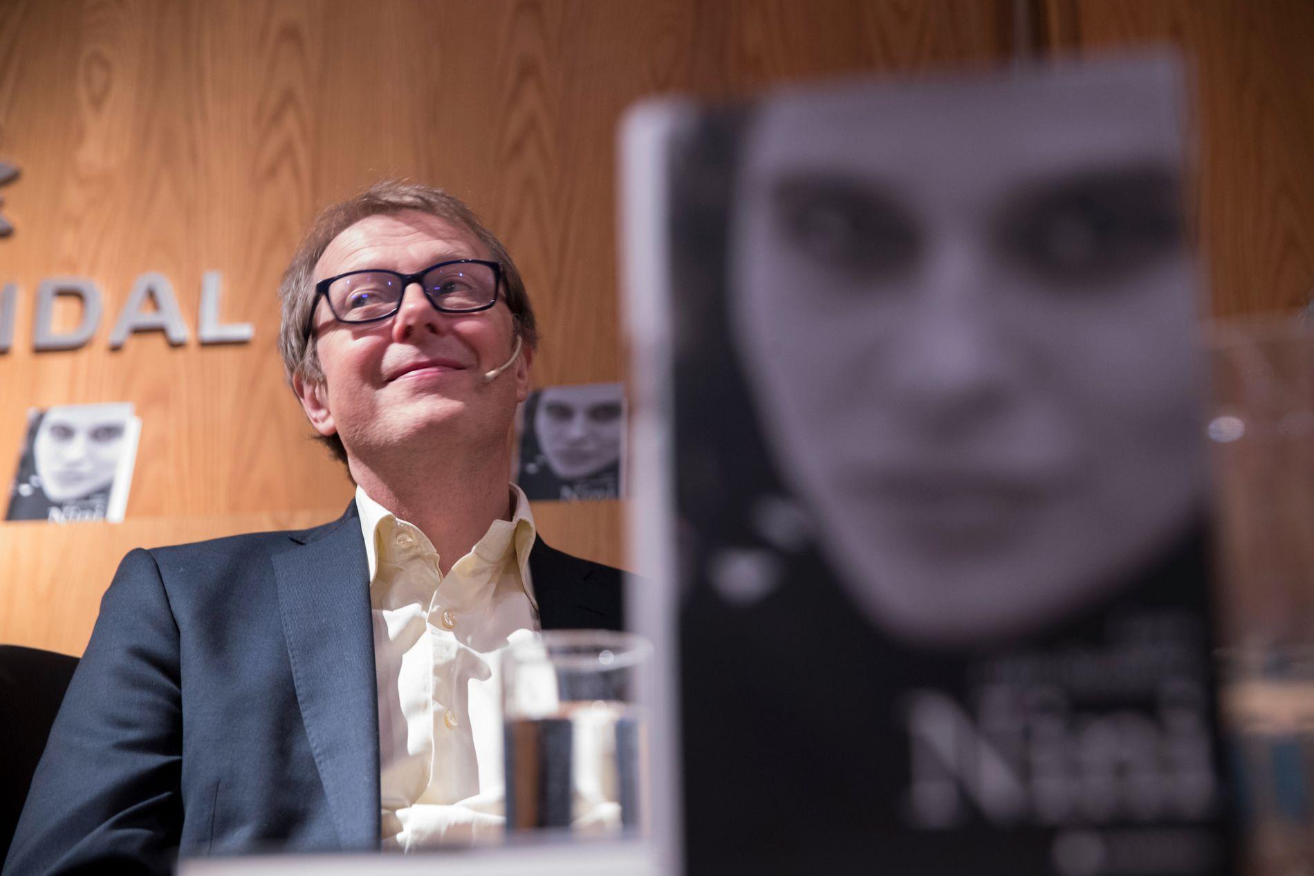 FORFATTER: Lars Lillo-Stenberg har skrevet boken om Nini Stoltenberg.