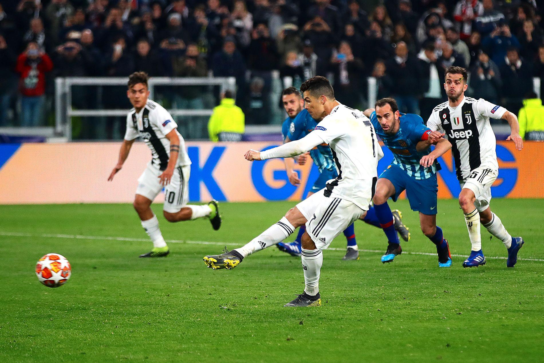 AVGJØRELSEN: Her hamrer Cristiano Ronaldo inn 3–0 på Juventus Stadium.