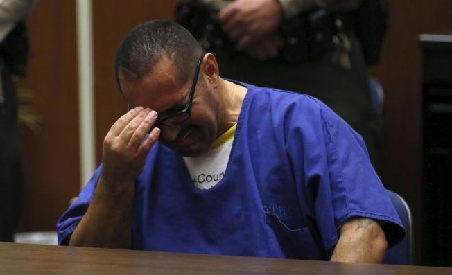 BEVEGET: Luis Lorenzo Vargas brast i gråt da han ble frikjent for seksuelle overgrep mot tre kvinner.