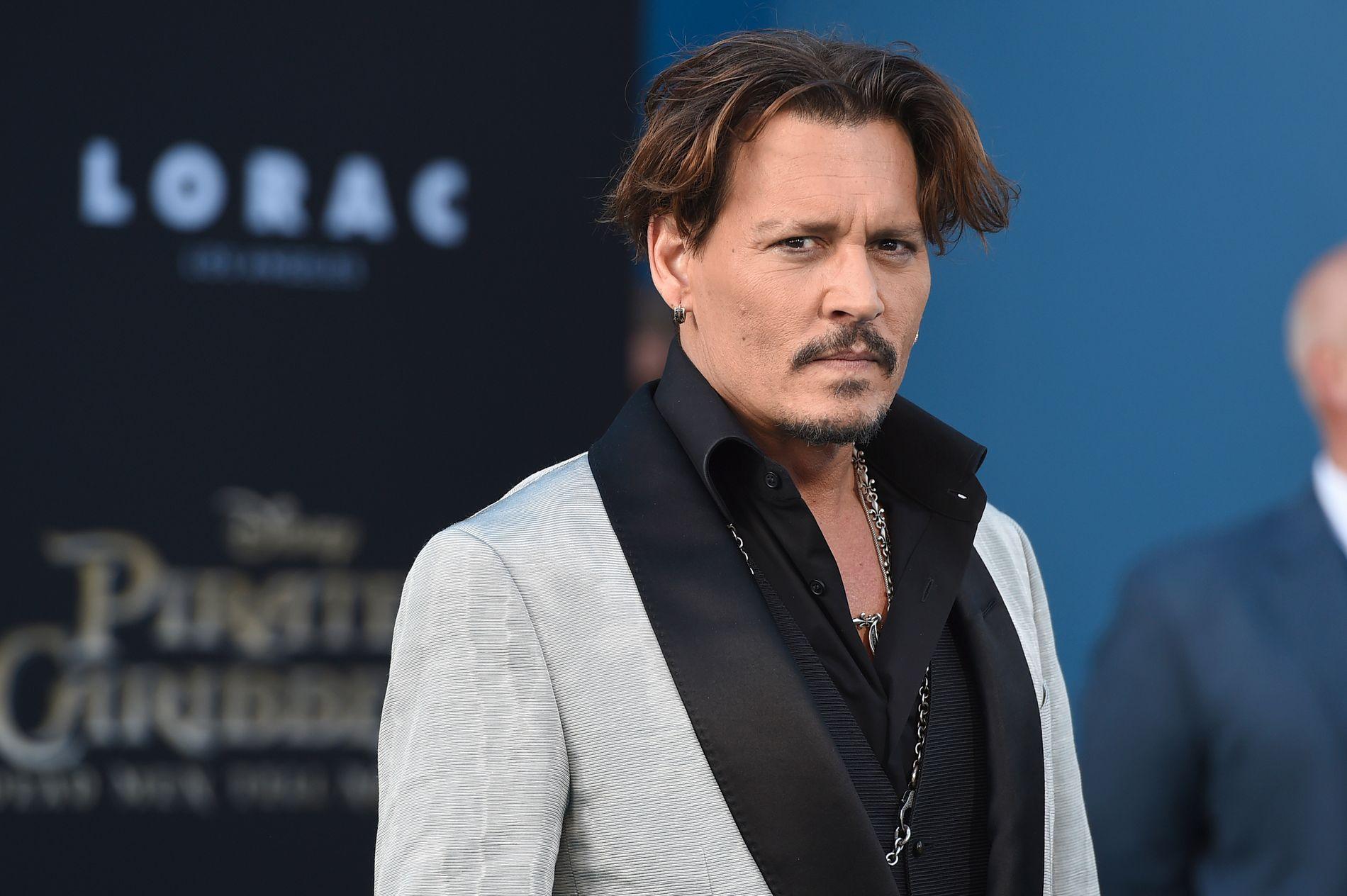 SNAKKER UT: Johnny Depp åpner opp i et nytt intervju.