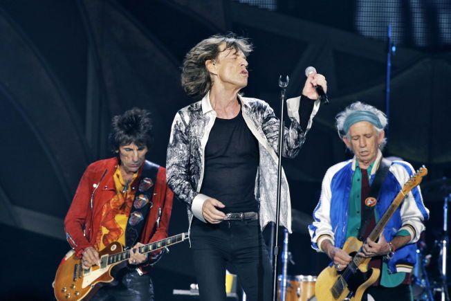 ROLLING STONES I NORGE: Ron Wood, Mick Jagger og Keith Richards full sving under konserten i Telenor Arena i mai i fjor..