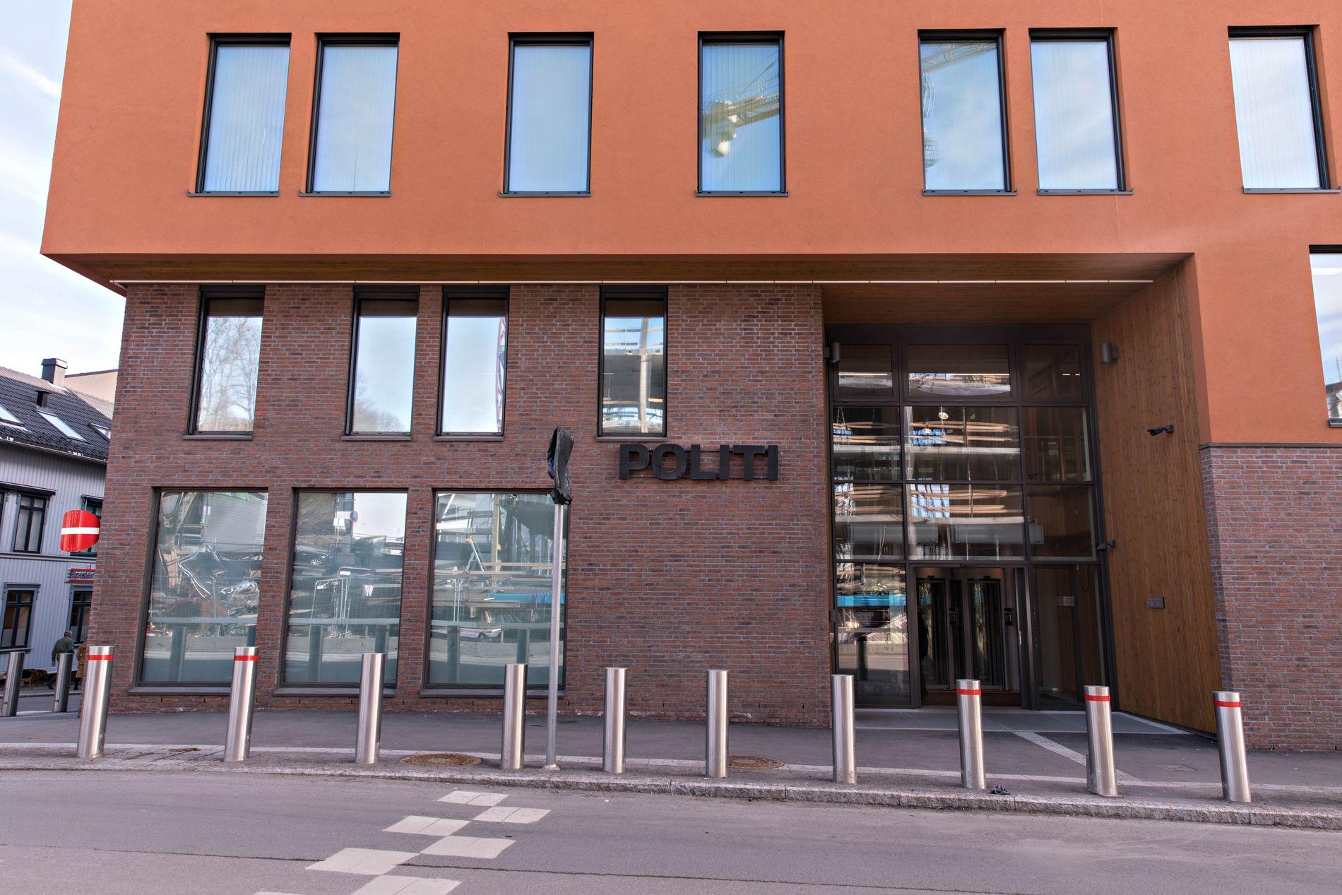 ETTERFORSKES: Hendelsen er under etterforskning av politiet. Her fra Tønsberg politistasjon.
