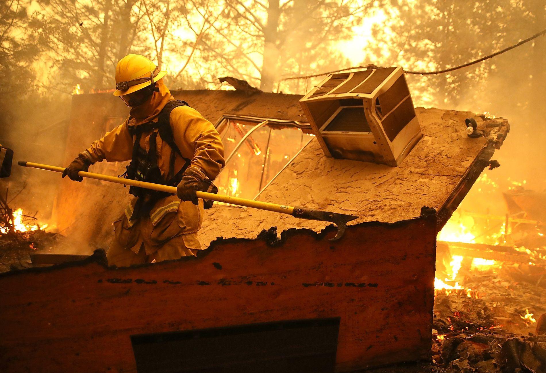 FLAMMENE SPRER SEG: Byen Paradise nord i California er hardest rammet av skogbrannen, som har fått navnet «Camp Fire».