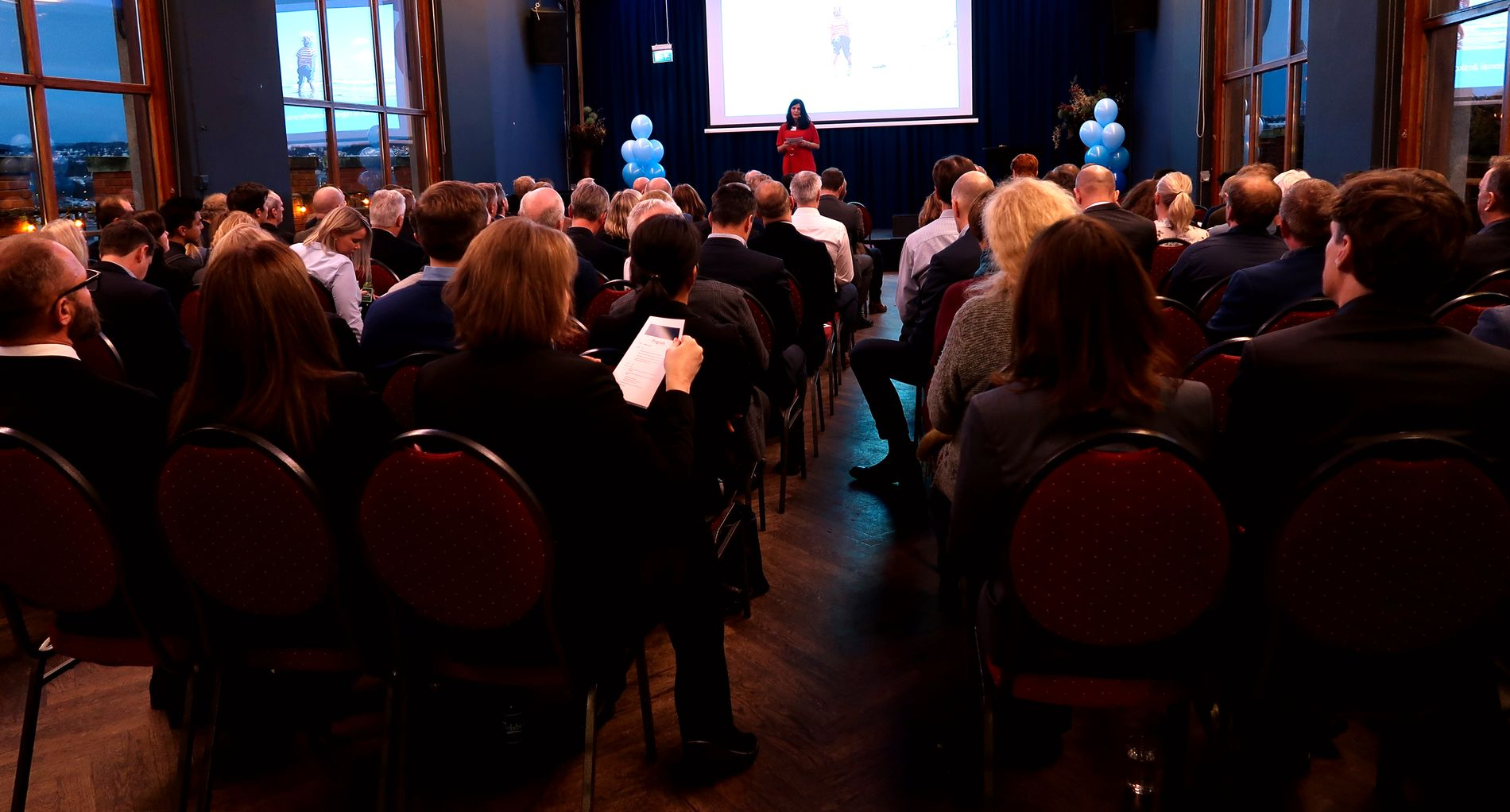 NYTT NAVN: Regiondirektør Nina Solli åpnet årskonferansen til NHO Viken Oslo på Stratos tirsdag.