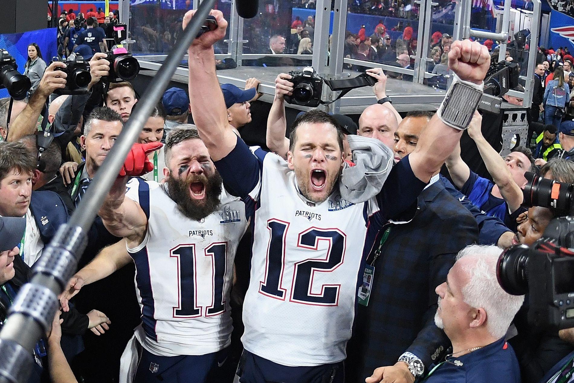 ARMENE I VÆRET: Tom Brady kunne juble sammen med wide receiver, MVP og «lillebror» Julian Edelman.
