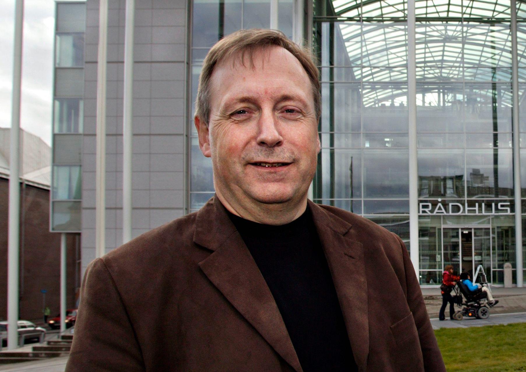 BOMNEKT: Listetopp Jan Blomseth for Nei til bompenger i Tromsø nekter å støtte noe parti som stemmer for bompenger i byen.