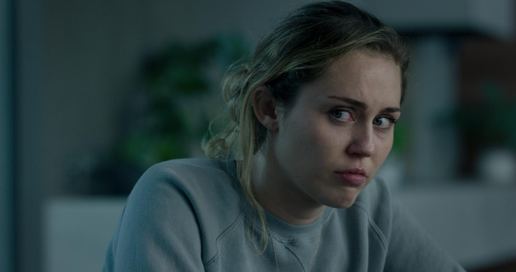 HOVEDROLLE: Miley Cyrus spiller popstjernen Ashely O i en episode av den kommende «Black Mirror»-sesongen.