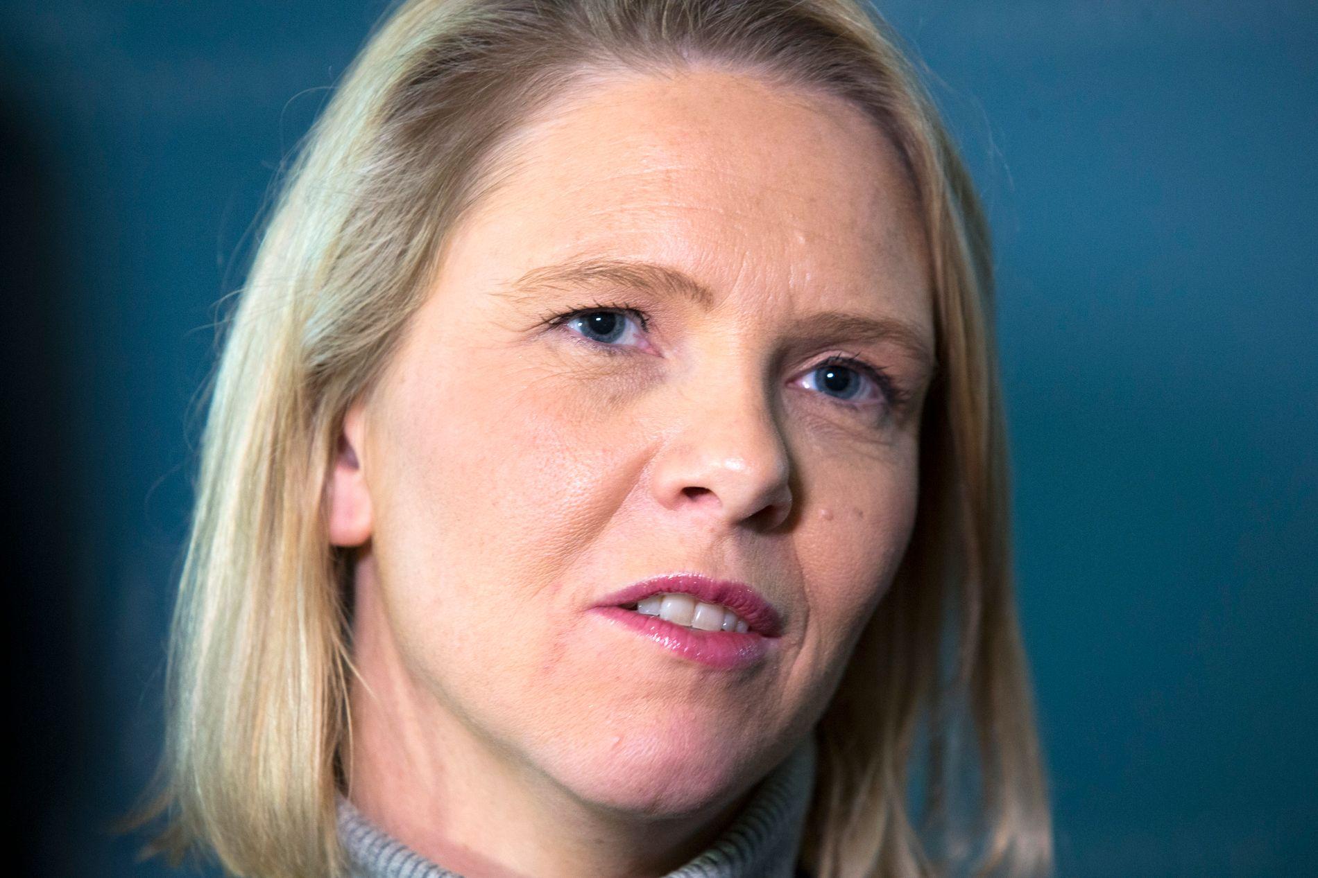 SKJEBNESVANGERT DØGN: Tirsdag skal KrF om bestemme om Sylvi Listhaug får fortsette som justisminister. Foreløpig er ingenting avgjort.