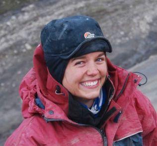 DINOSAUR-EKSPERT: Line Liebe Delsett er ansatt ved Naturhistorisk Museum og jobber med en doktorgrad om fiskeøgler.