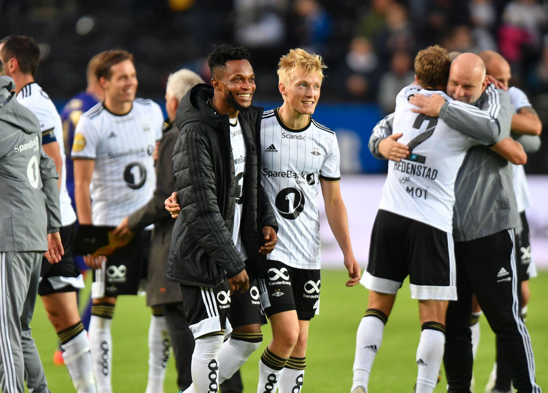 ETTERTRAKTEDE: Samuel Adegbenro og Birger Meling smilte etter seieren mot Maribor på Lerkendal tirsdag kveld.