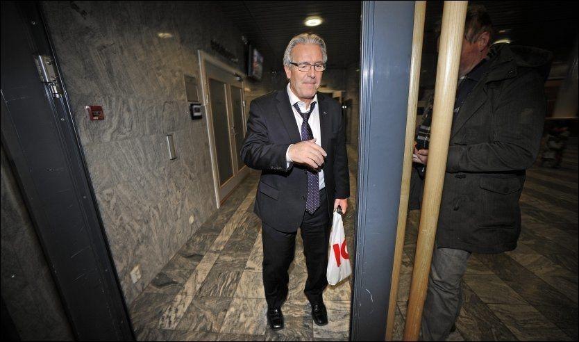 MØTER STENGTE DØRER? Davy Wathne tror han kan få problemer med å komme tilbake til Norge om han ikke får papirene i orden til avreise. Her er han avbildet på Ullevaal i fjor. Foto: Bjørn S. Delebekk, VG