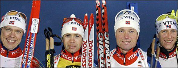 Norge kapret de fire øverste plassene på 10 kilometeren i finske Kontiolahti.