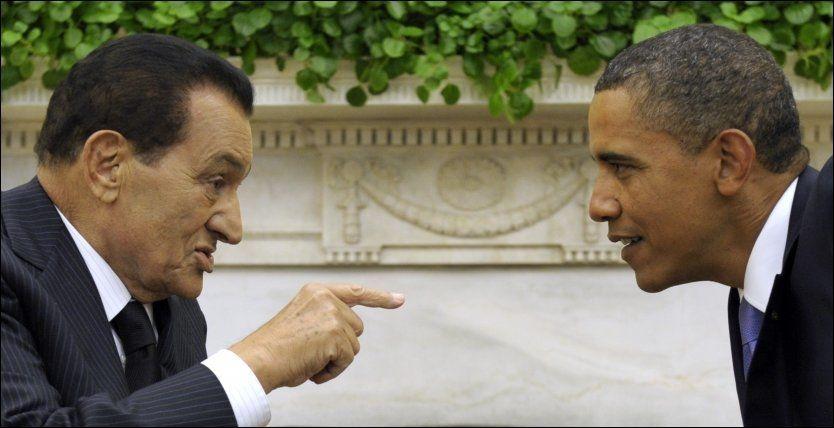 IKKE SÅ ENIGE NÅ: USAs president Barack Obama og Hosni Mubarak, Egypts president, møttes i september i fjor. I dag sier Obama at han ønsker at Mubarak skal gå av så fort som mulig. Foto: AP