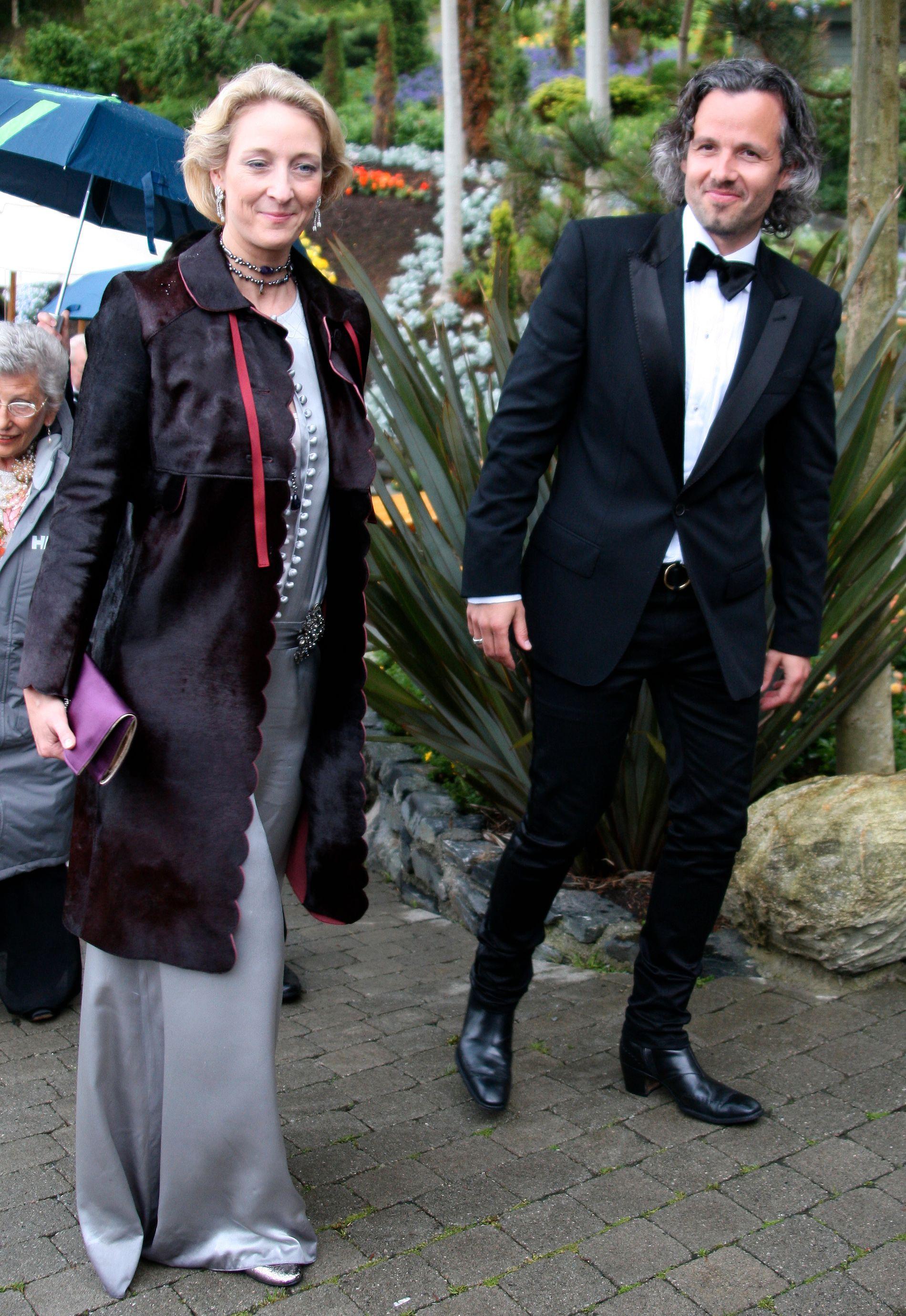 GODE VENNER: Prinsesse Alexandra er en god venn av det norske kongehuset. I 2007 var hun deltaker i dronning Sonjas 70-årsdag. Her med Märthas eks-mann Ari Behn.