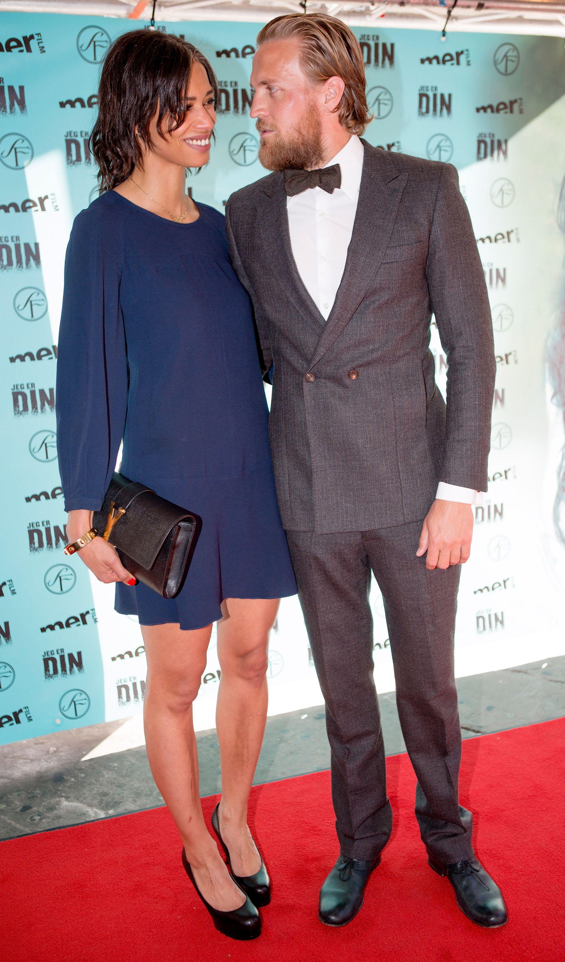 SAMBOER: Santelmann og samboer Jennifer Bråthen, her på premieren på «Jeg er din» i august 2013.