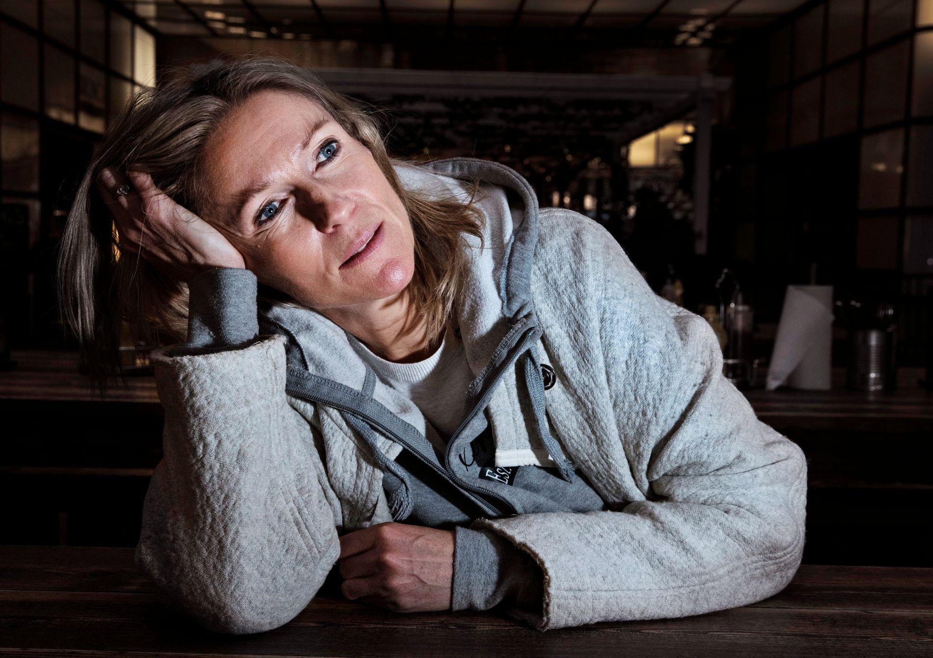 SJEKKER INN IGJEN: Mandag kveld sjekker Helene Sandvig inn på politiets utlendingsinternat på Trandum.