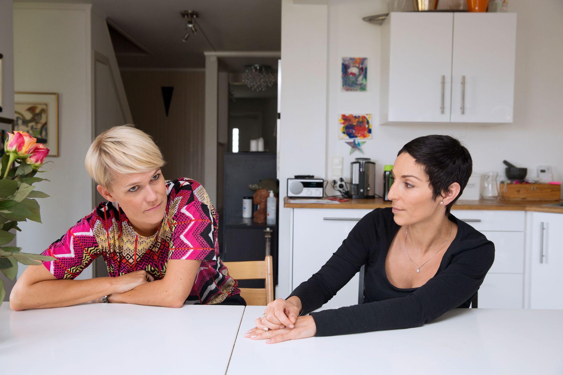 FRITTALENDE: Sigrid Bonde Tusvik og Lisa Tønne har den ukentlige podkasten «Tusvik og Tønne».