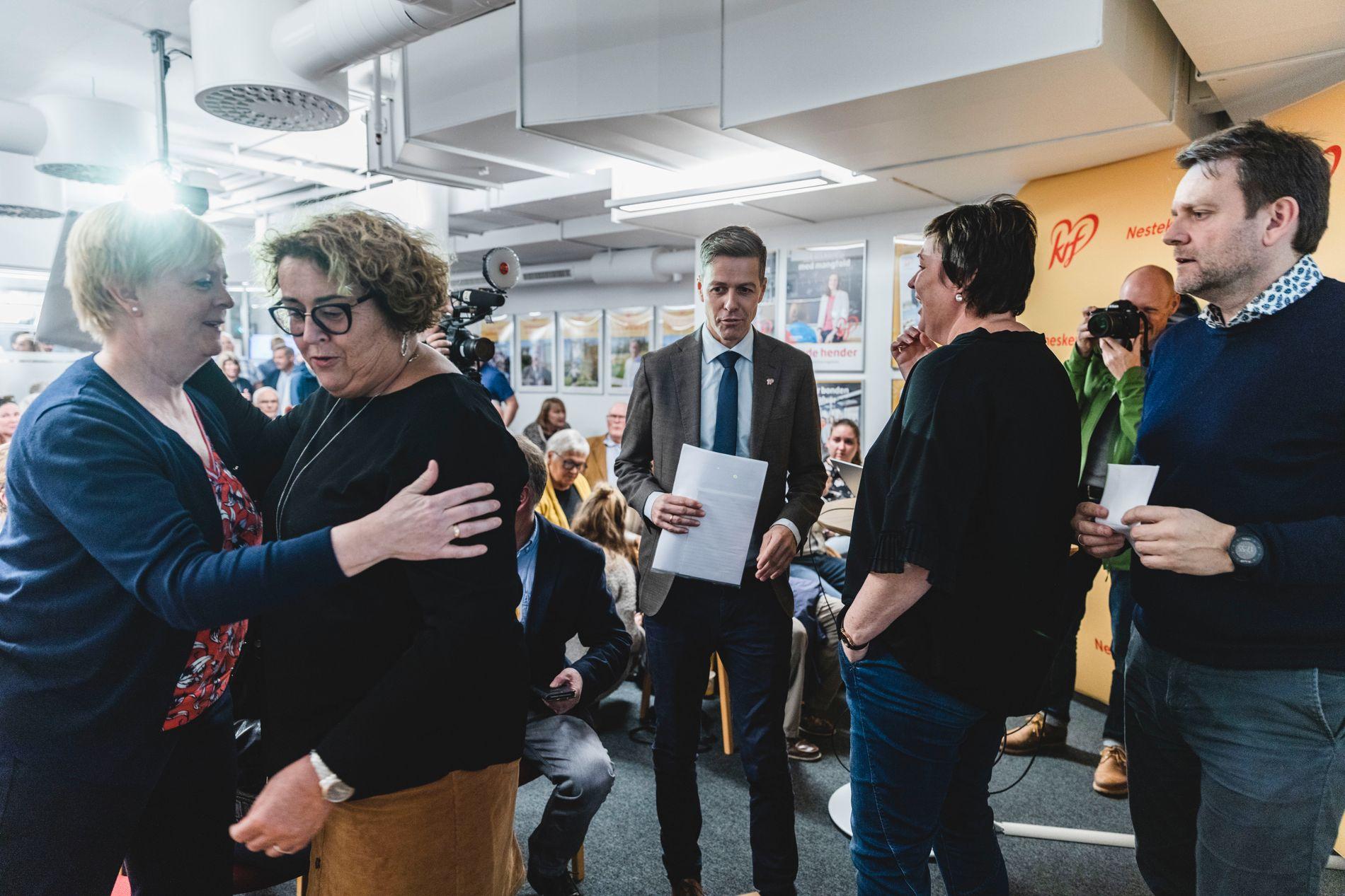 FYLKESÅRSMØTE: Rogaland KrF skal ta stilling til retningsval på sitt fylkesårsmøte laurdag. Her med fylkesordførar Solveig Ege Tengesdal, stortingsrepresentant Olaug Bollestad og Knut Arild Hareide som gjest på medlemsmøtet 5.oktober.
