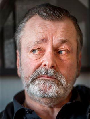 NEKTER: Eirik Jensen stiller seg uforstående til anklagene om korrupsjon og medvirkning til narkosmugling. Han nekter straffskyld.