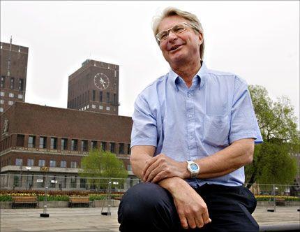 FORELSKET: Høyres ordførerkandidat i Oslo, Fabian Stang. Foto: Helge Mikalsen, VG