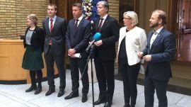 En samlet opposisjon avholder pressekonferanse hvor de krever full elektrifisering av Utsira-høyden. Fra venstre: Une Aina Bastholm (Miljøpartiet De Grønne), Kjell Ingolf Ropstad (KrF), Terje Aasland (Ap), Ola Elvestuen (V), Marit Arnstad (Sp) og Hjeiki Holmås (SV).