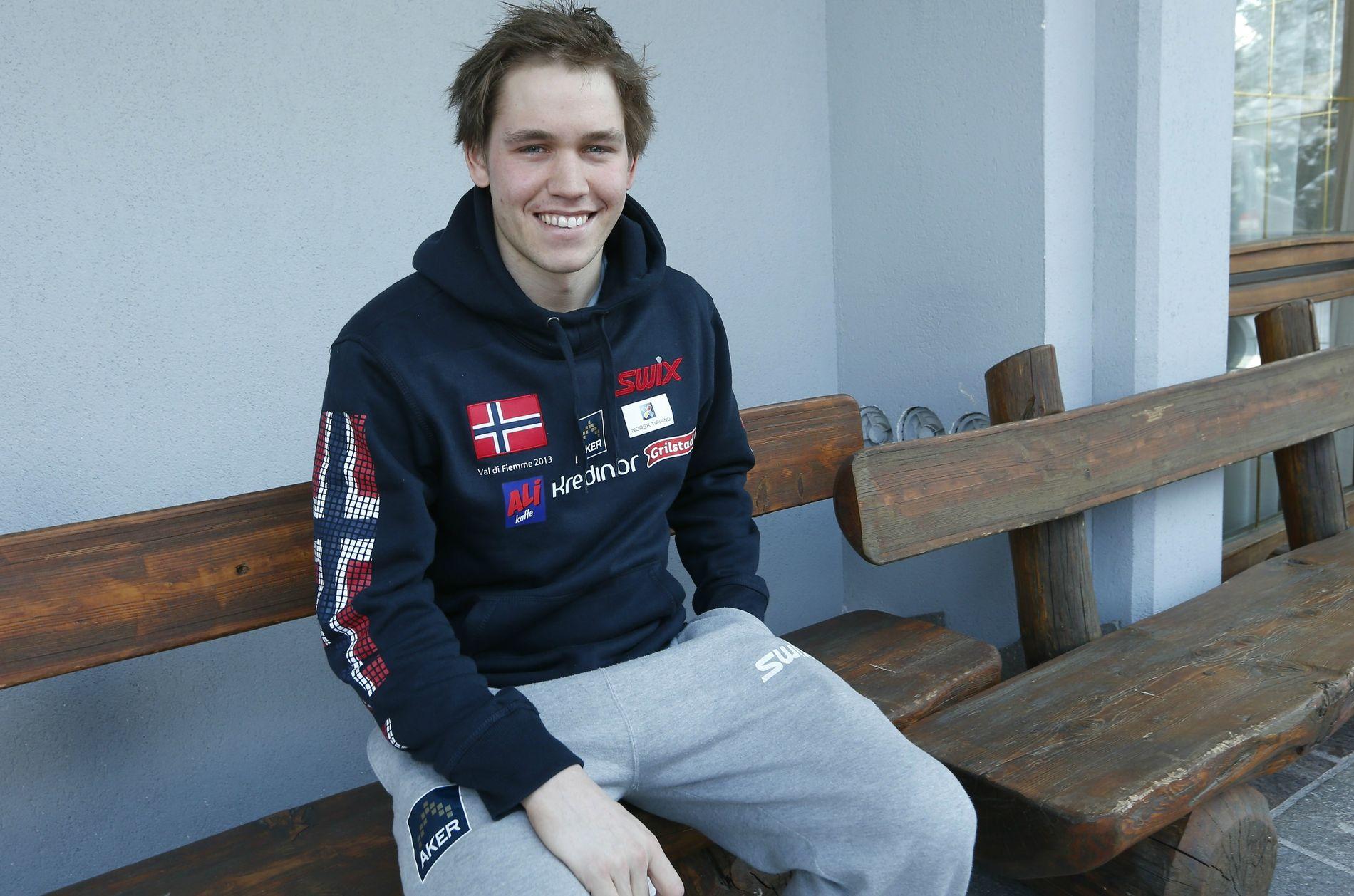 BLE BENKET: Pål Golberg satset videre på egenhånd da han ble vraket fra langrennslandslaget etter forrige sesong. Sesongen har vært god. Nå kjemper han om en plass i VM-troppen. Her er han fotografert under VM i Val di Fiemme.