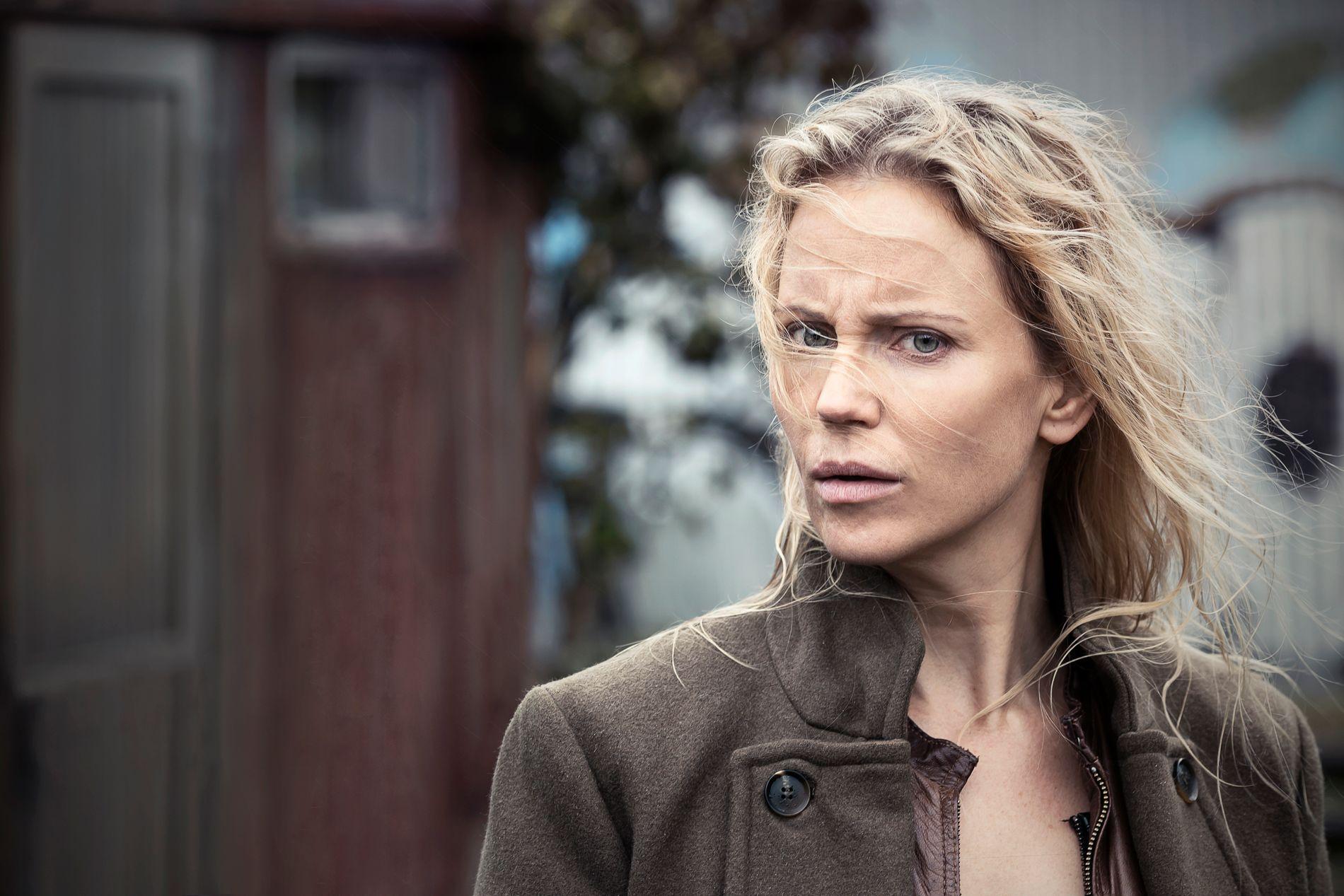 VENDER TILBAKE: Sofia Helin spiller Saga Norén i sesong fire av «Broen».