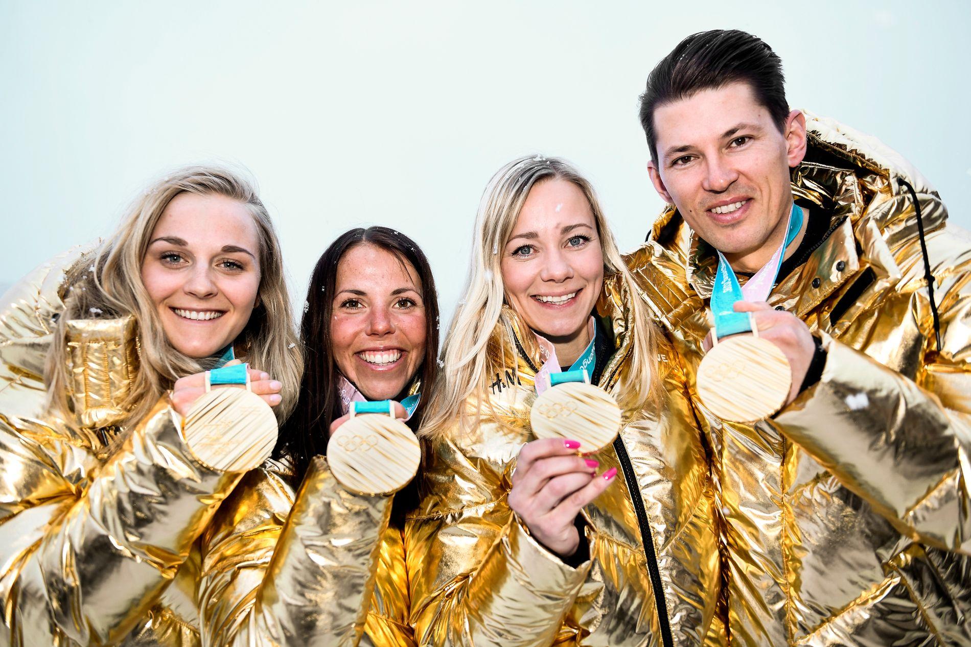 SVENSK JUBEL: Sverige tok hele syv OL-gull i Pyeongchang. Stina Nilsson (fra venstre), Charlotte Kalla, Frida Hansdotter og André Myhrer var blant dem som bragte gult og blått helt til topps.