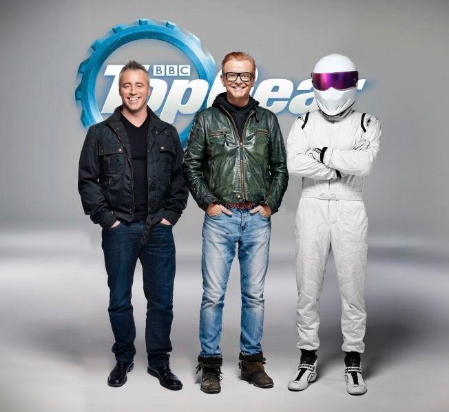 NYE OPPDRAG: Matt LeBlanc, Chris Evans og «The Stig» lar seerne få mer «Top Gear» etter Jeremy Clarksons exit.