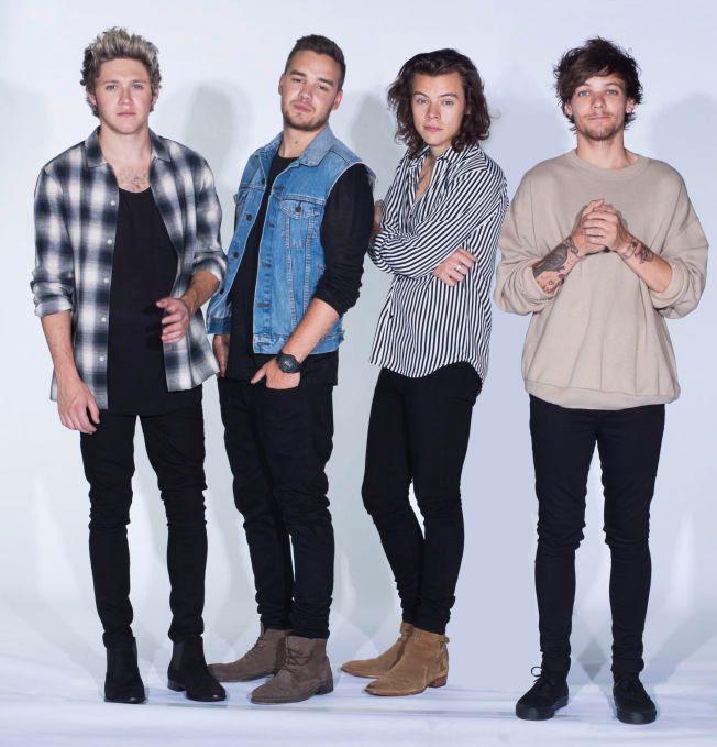 MED NORSK HJELP: One Direction går inn i høstmørket med lyse, tropiske toner fra norske Matoma. Foto: SONY MUSIC