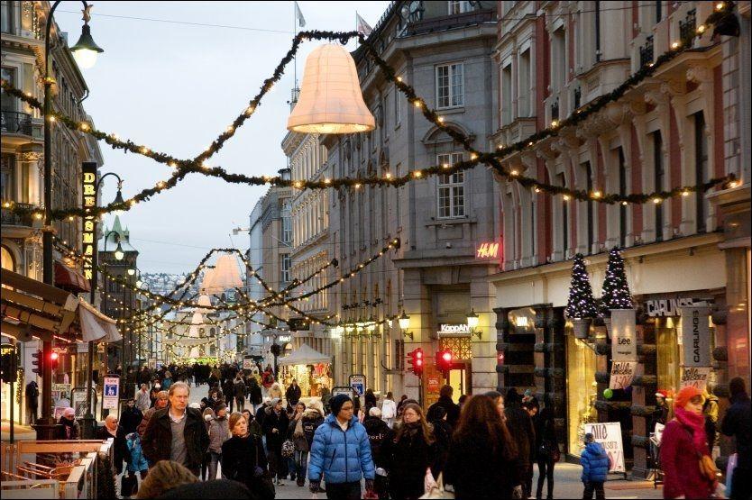 6ad23fbb7 3 av 10 nordmenn handler julegaver på kreditt