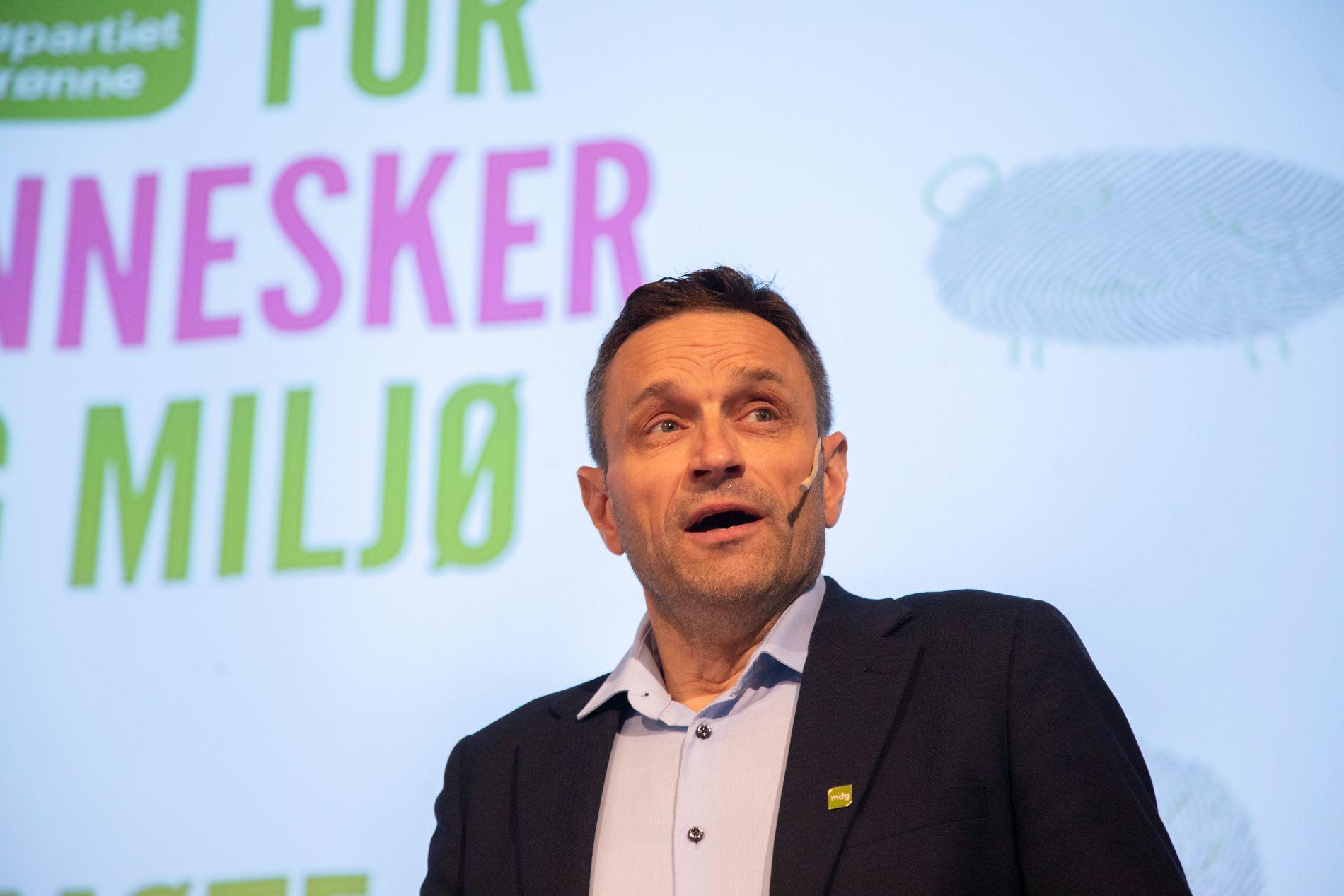 FÅ DET PÅ SKINNER: – Det er på høy tid å komme i gang med byggingen av Nord-Norgebanen, skriver Arild Hermstad i Miljøpartiet De Grønne.