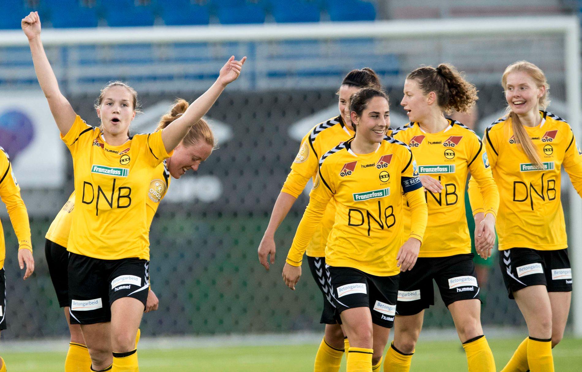 EUROPA-KLARE: I kveld starter LSK Kvinner Champions League-turneringen. Her jubler Guro Reiten (t.v.) og lagvenninnene for en scoring mot Vålerenga tidligere i år.