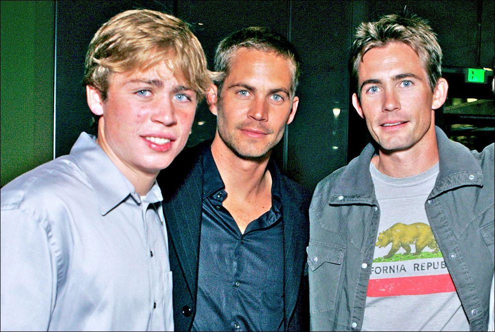 BRØDRE: Fra venstre: Cody Walker, Paul Walker og Caleb Walker. Her under premieren av «Into the Blue» i 2005. Foto: GETTY IMAGES/WIREIMAGE