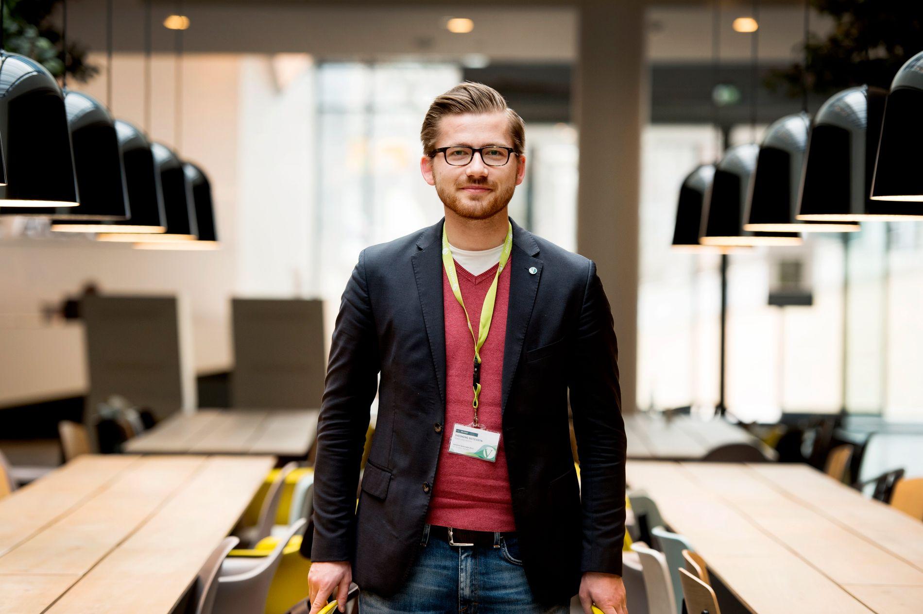 OPPGITT: Stortingsrepresentant Sveinung Rotevatn for Venstre mener regjeringen har drøyd for lenge med å gå inn for dobbelt statsborgerskap.