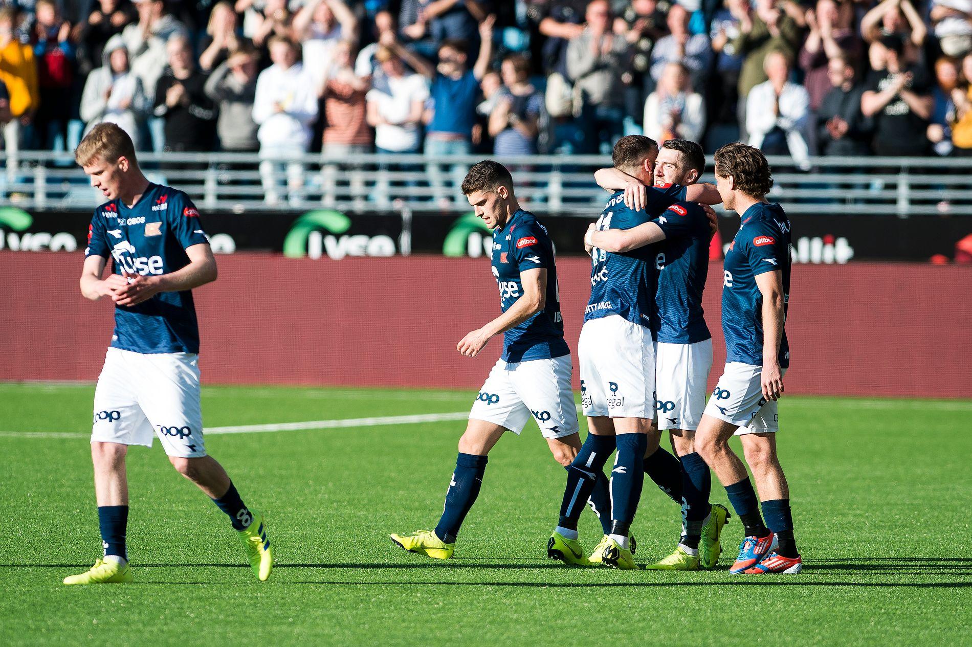 VANT: Etter at Stabæk ble redusert til ti mann hadde Viking full kontroll på eget gress. Zymer Bytyqi hamret inn spikeren etter 65 minutter.